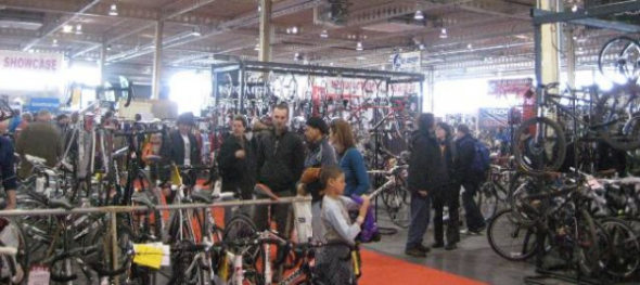 Toronto Bike Show Crowd