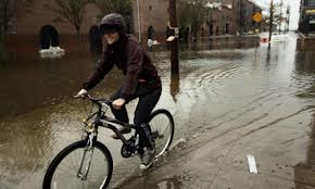 commuting by bike in stormy weather