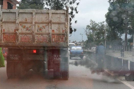 air pollution on the roads